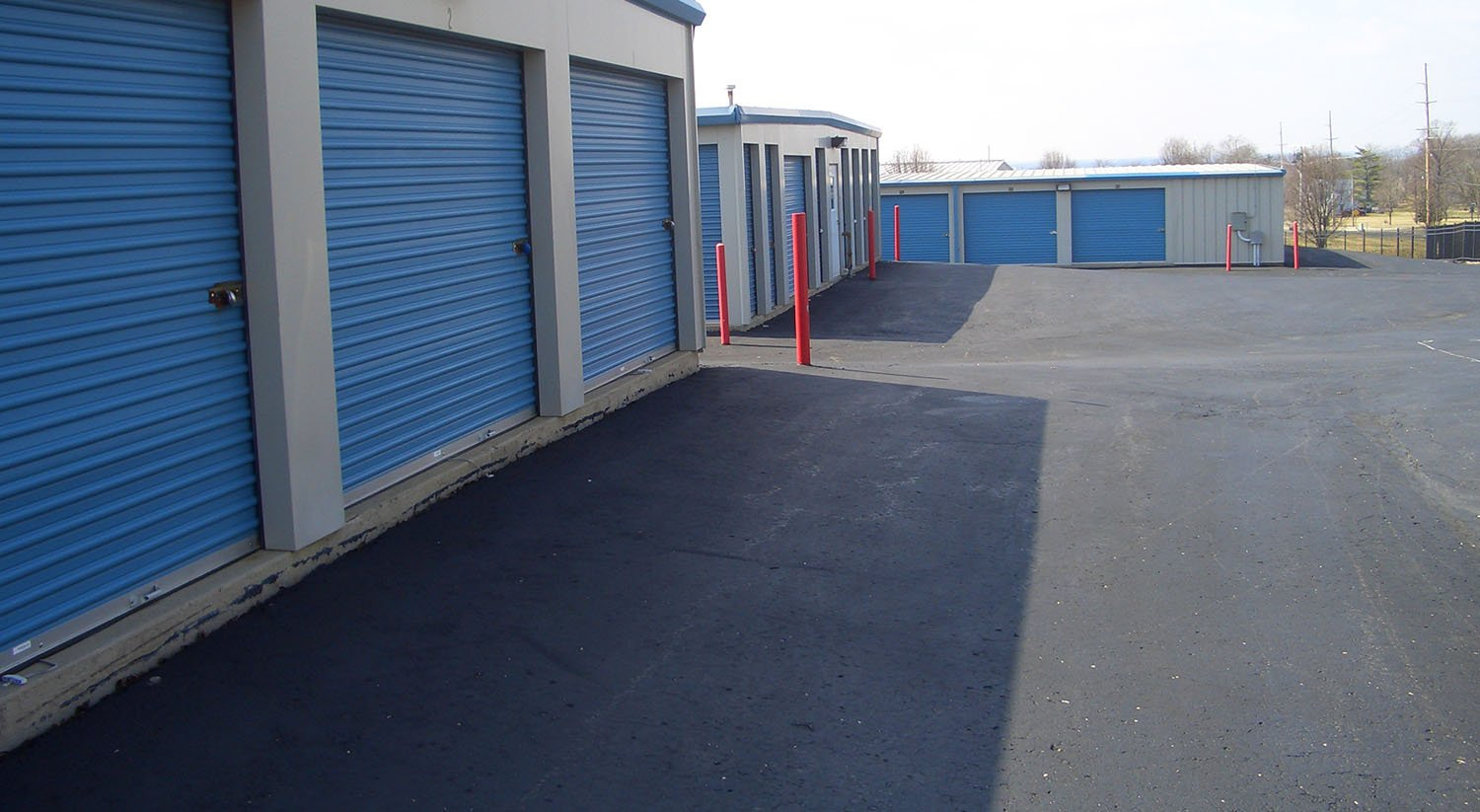 Storage Units with Drive Up access